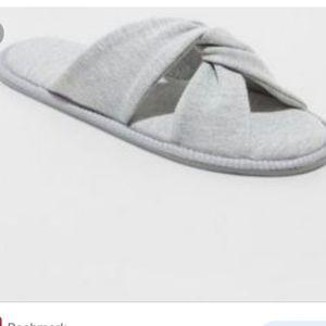 Women's  size xl 11/12 slippers